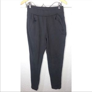 Adidas Womans jogger in gray M